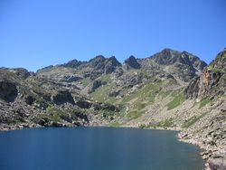 Pyrenees 1 065